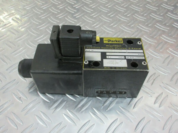 Parker D3W20BJJ23 Hydraulic Solenoid Valve