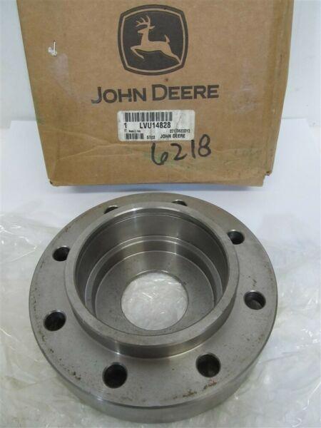 John Deere LVU14828, Bearing Housing w/o bearing - 665 / 673 Tiller